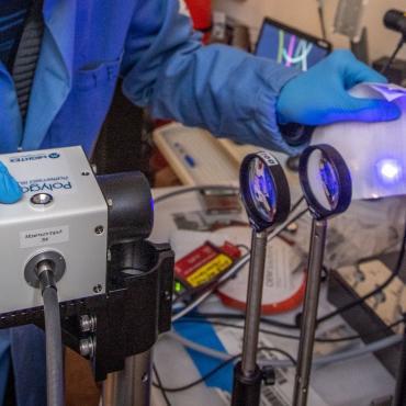 Qiye Zheng working on Thermal High Throughput Meterology