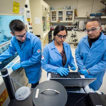 Ravi Prasher, Sumanjeet Kaur and Sean Lubner using Hot Disk for Thermal Measuring